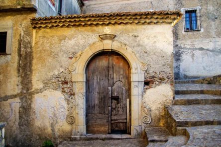 Calabria insolita: tra archeologia, musei e luoghi misteriosi